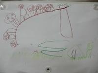 4歳児 「山のぼり」みんなで坂道を登った時のわくわくした気持ちが伝わります。