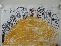 4歳児 「山のぼり」てっぺんに登ったね。みんなでヤッホー!